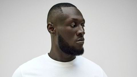 Stormzy-fulle høyder. Michael Ebenazer Kwadjo Omari Owuo jr., bedre kjent som Stormzy, har gjort den erkelondonske urbansjangeren grime til allemannseie.