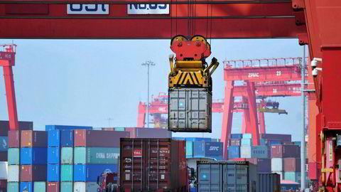 Det kan nærme seg en full handelskrig mellom USA og Kina. USA forbereder en endelig liste over hvilke kinesiske produkter som skal ilegges straffetoll – sannsynligvis fra 1. juli.