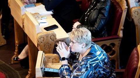 Venstre-leder Trine Skei Grande er presset før neste års landsmøte, der hele ledelsen er på valg.