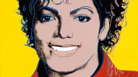 Warhol-verk. Michael Jacksons berømmelse og identitet var som skapt for Andy Warhol i 1984. En ny utstilling viser hvordan hans meget brokete liv, karriere og kunstnerskap inspirerer til videre tenkning hos andre kunstnere.