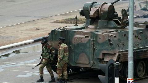 Det har vært stor militær aktivitet i Zimbabwe de siste dagene, men militæret avviser bestemt at det dreier seg om et statskupp.