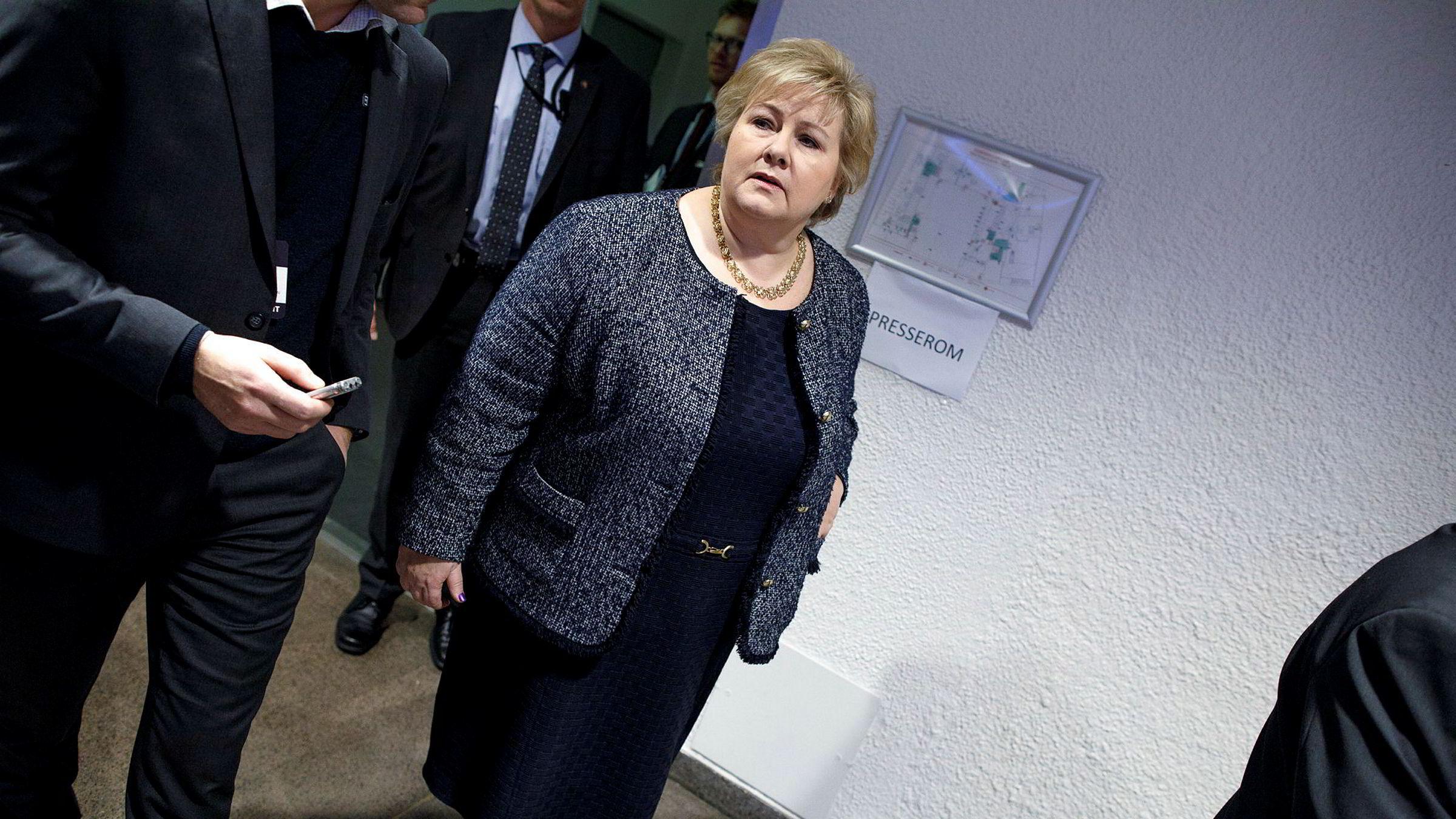 I løpet av helgen lot statsminister Erna Solberg det lekke ut at hun vil stille kabinettsspørsmål og dermed gå av dersom Stortinget vedtar mistillit mot justisminister Sylvi Listhaug.