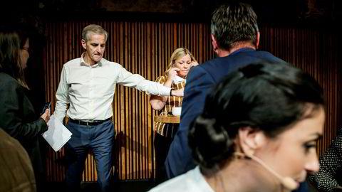 Jonas Gahr Støre erkjenner at flere kvinner enn menn har forlatt partiet etter Giske-saken. Her fra Aps avsluttende pressekonferanse før sommeren der han deltok sammen med nestleder Hadia Tajik i front og partisekretær Kjersti Stenseng.