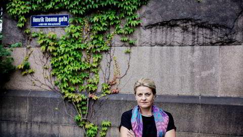 Forbrukerrådets direktør Inger Lise Blyverket mener tilbydere av boligkjøpsforsikring har gjort vilkårene for dårlige for kundene.