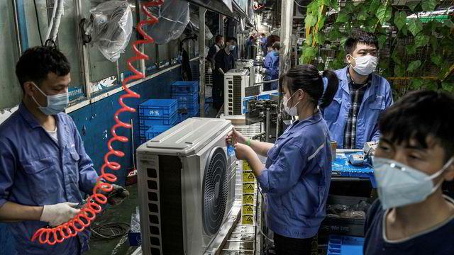 Kinesiske fabrikker overrasker med knalltall for mars