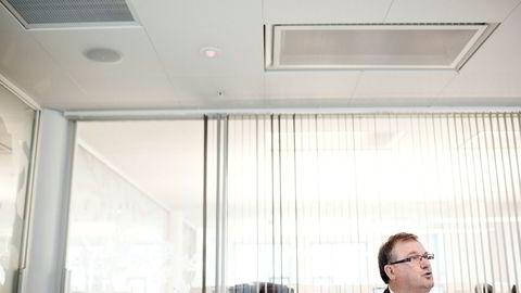 Styreleder Terje Vareberg i offshorerederiet Solstad Farstad mener styret i et børsnotert selskap ikke kan la seg diktere av påståtte avtaler mellom enkeltaksjonærer.