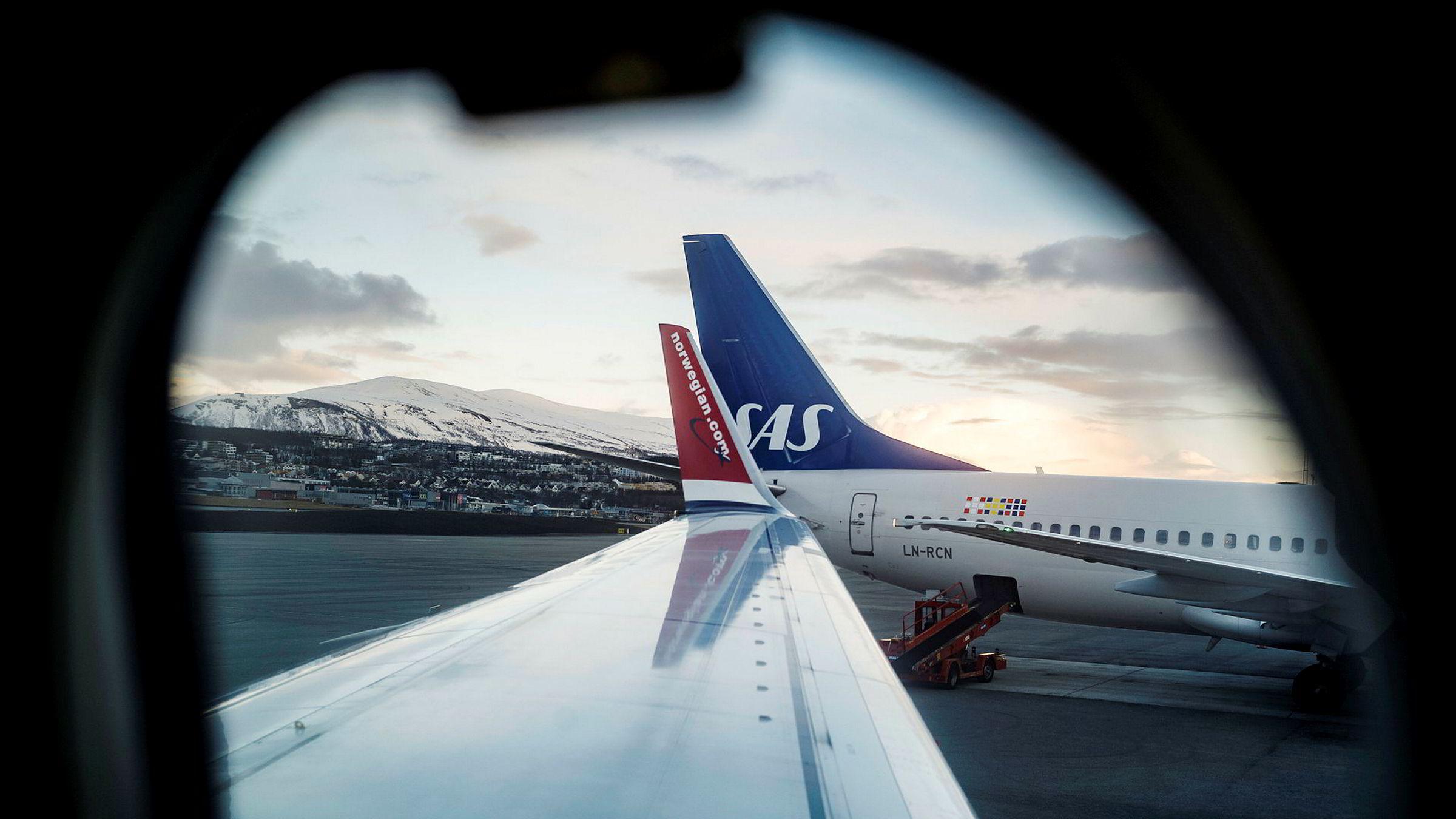 Selv om kundene har krav på pengene tilbake senest syv dager etter at en reise er kansellert, ligger SAS og Norwegian langt bak.