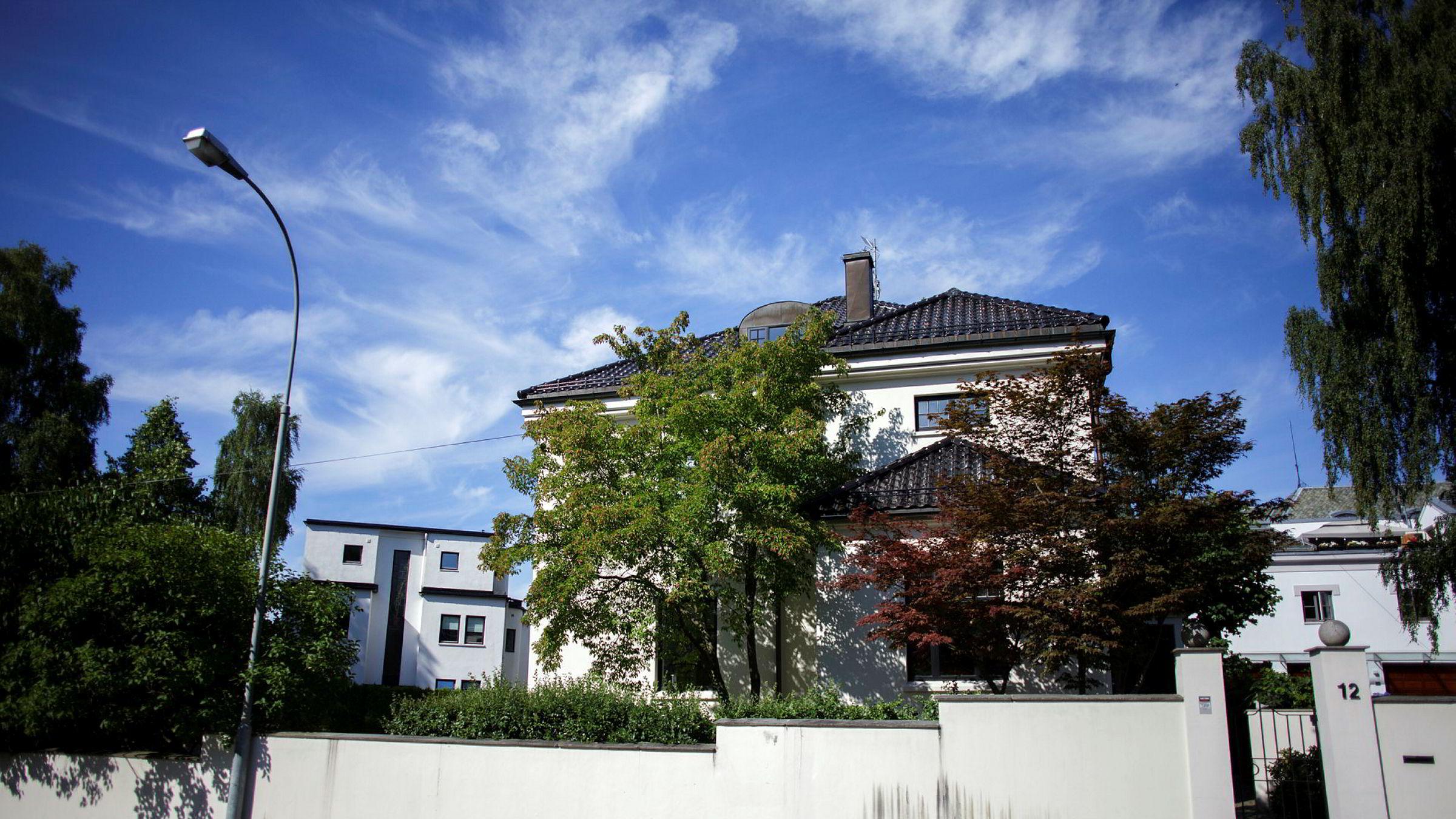 Pia Øien Cohler (33) har gitt 68 millioner kroner for denne byvillaen i eksklusive Thomas Heftyes gate på Gimle i Oslo.