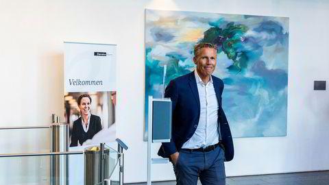 Aleksander Dahl, leder for personmarked i Danske Bank, avviser at de har innført et absolutt krav om å selge bolig først.