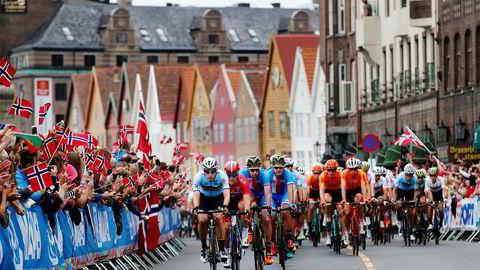Sykkel-VM har vært en folkefest i Bergen. Men fire av ti hotellrom har stått tomme.