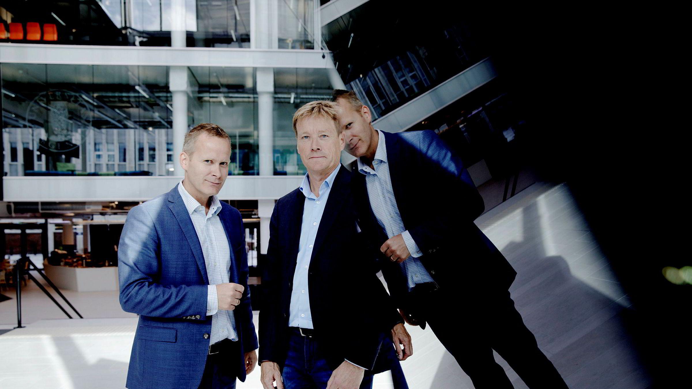 IBM flytter inn i Media City Bergen. Pressekontakt Otto Backer Solberg (til venstre) i IBM og regiondirektør Stein Irgens i IBM.