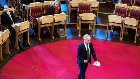 Kommunal- og moderniseringsminister Jan Tore Sanner tok et oppgjør med 1800-tallet under spontanspørretimen i Stortinget.