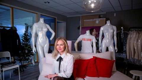 Jeanette Dyhre Kvisvik, daglig leder og gründer bak nettbutikken Villoid, taper penger, men har samtidig opplevd en omsetningsvekst på 8000 prosent på tre år.