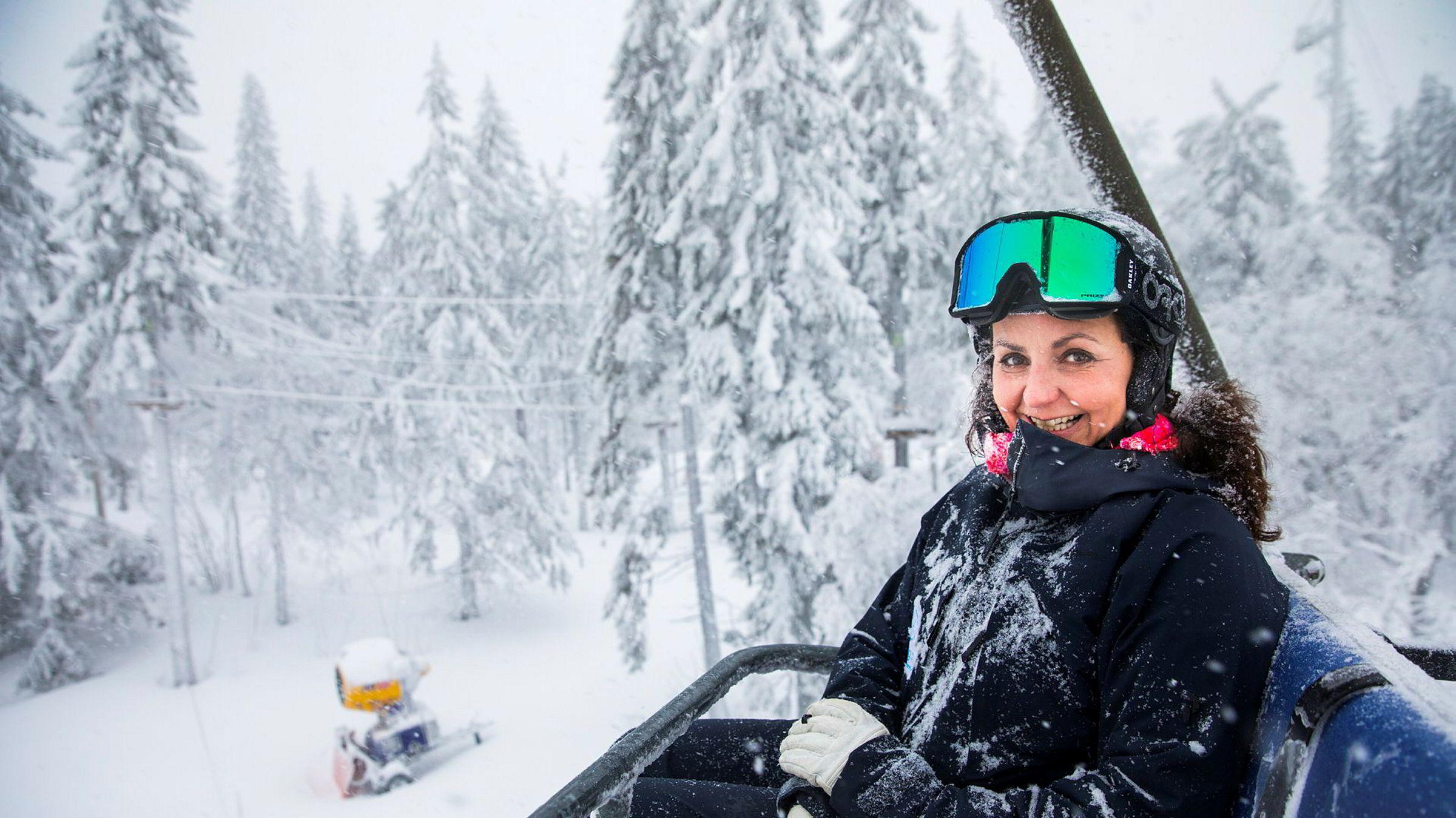 Camilla Sylling Clausen, generalsekretær Alpinanleggenes Landsforening, har aldri opplevd maken til rekordtall fra alpinanleggene med en vekst i heiskortsalget på 15 prosent.