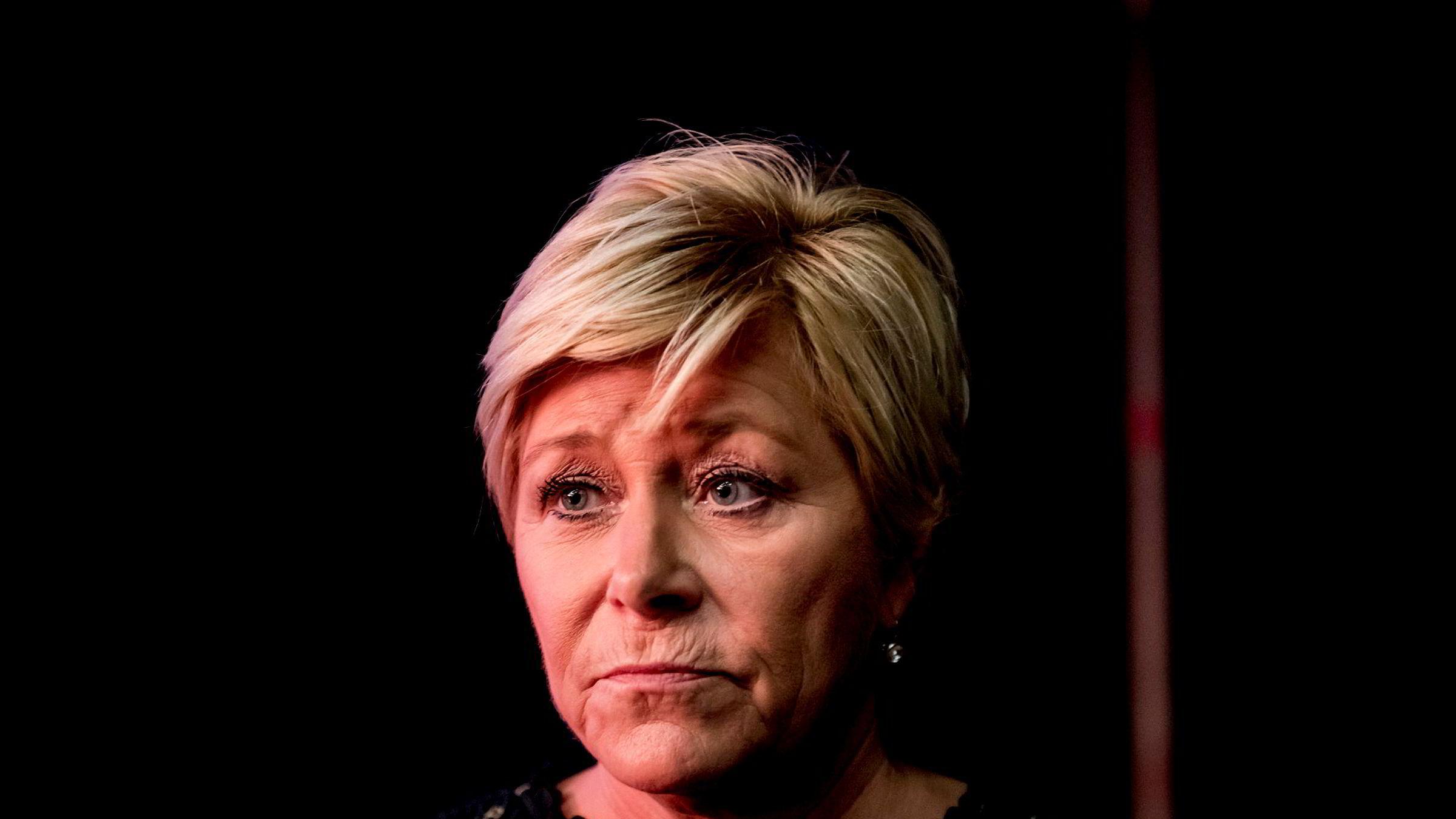 Finansminister Siv Jensen innledet årets hvitvaskingskonferanse på Gardermoen tirsdag. Temaet er høyaktuelt og arrangeres én uke etter at det ble kjent at DNB er involvert i en stor hvitvaskingsskandale på Island.