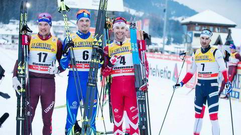 Norsk nedtur. Andrej Larkov (til venstre, Aleksej Poltoranin og Alex Harvey går alle med skifabrikkenes egen binding denne sesongen, mens Hans Christer Holund (til høyre) går på Madshus-ski og Rottefella-bindinger. Her fra en tung norsk dag under nest siste etappe av Tour de Ski.