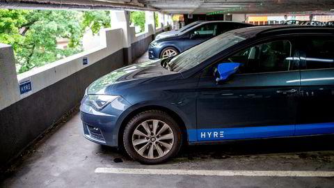 Bilflåten til Hyre er mellom 300 og 350 biler. Selskapet leier ut fra både eksterne aktører som tradisjonelle leiebilfirmaer, leasingselskapet og privatpersoner.