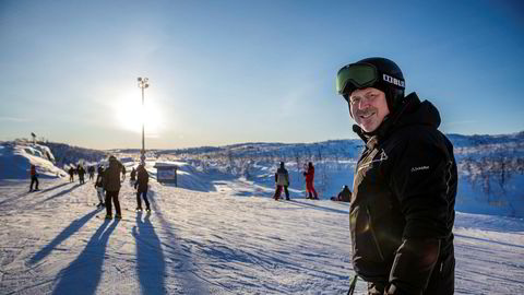 Styreleder Arne Pålgardhaugen i Geilo Holding – som eier skianlegget på Geilo og områdene rundt – tar imot julegjestene i praktfullt vintervær og nå viser utviklingen positive resultater.