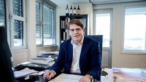 Jan Petter Sissener, investor og porteføljeforvalter, er skeptisk til Tesla-aksjer. Det kostet ham i august.