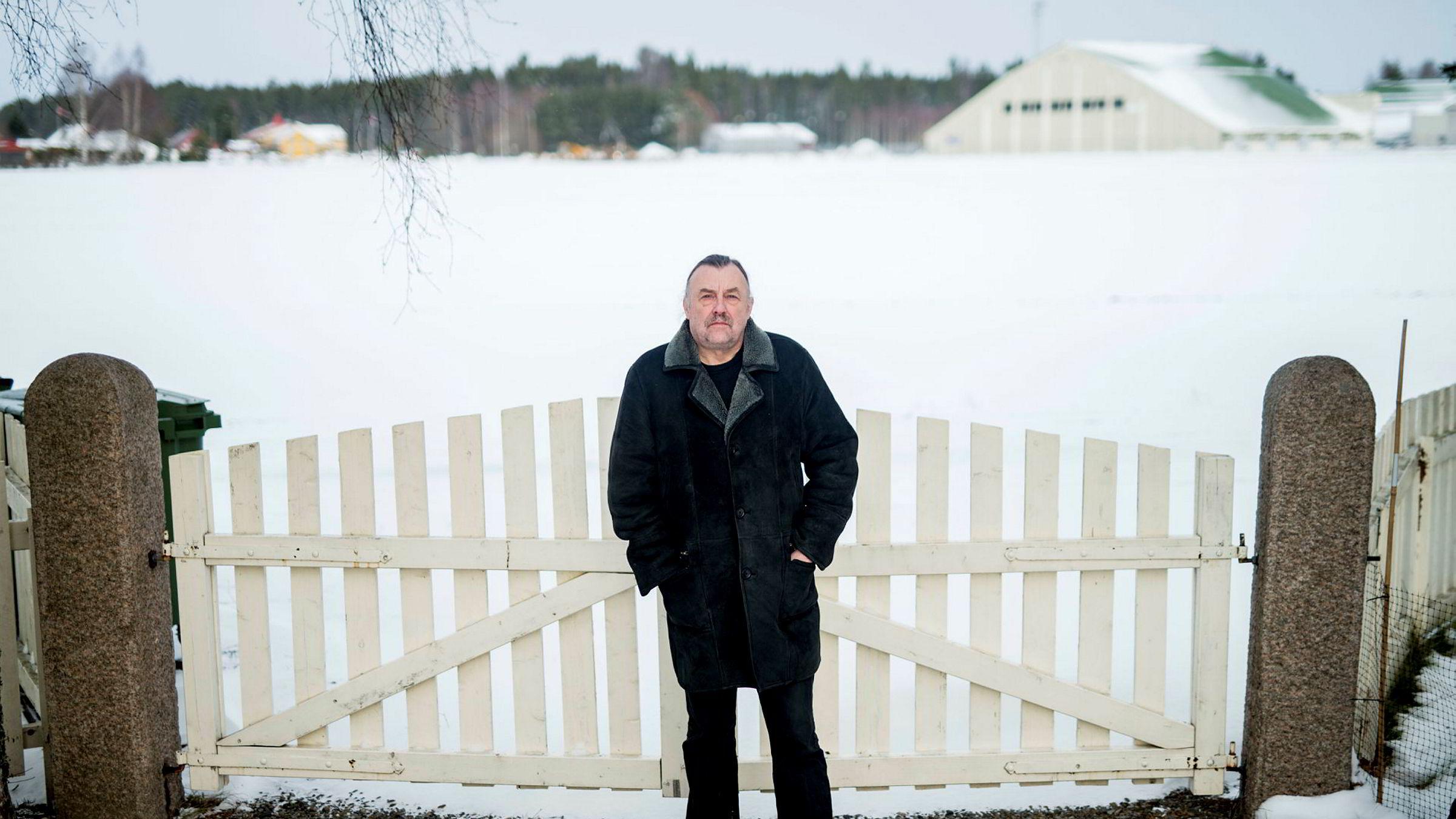 Norsk Artistforbund og styreleder Reidar Brendeland står på bar bakke etter skattemyndighetenes krav om innbetaling av arbeidsgiveravgift og tilleggsskatt for flere år.