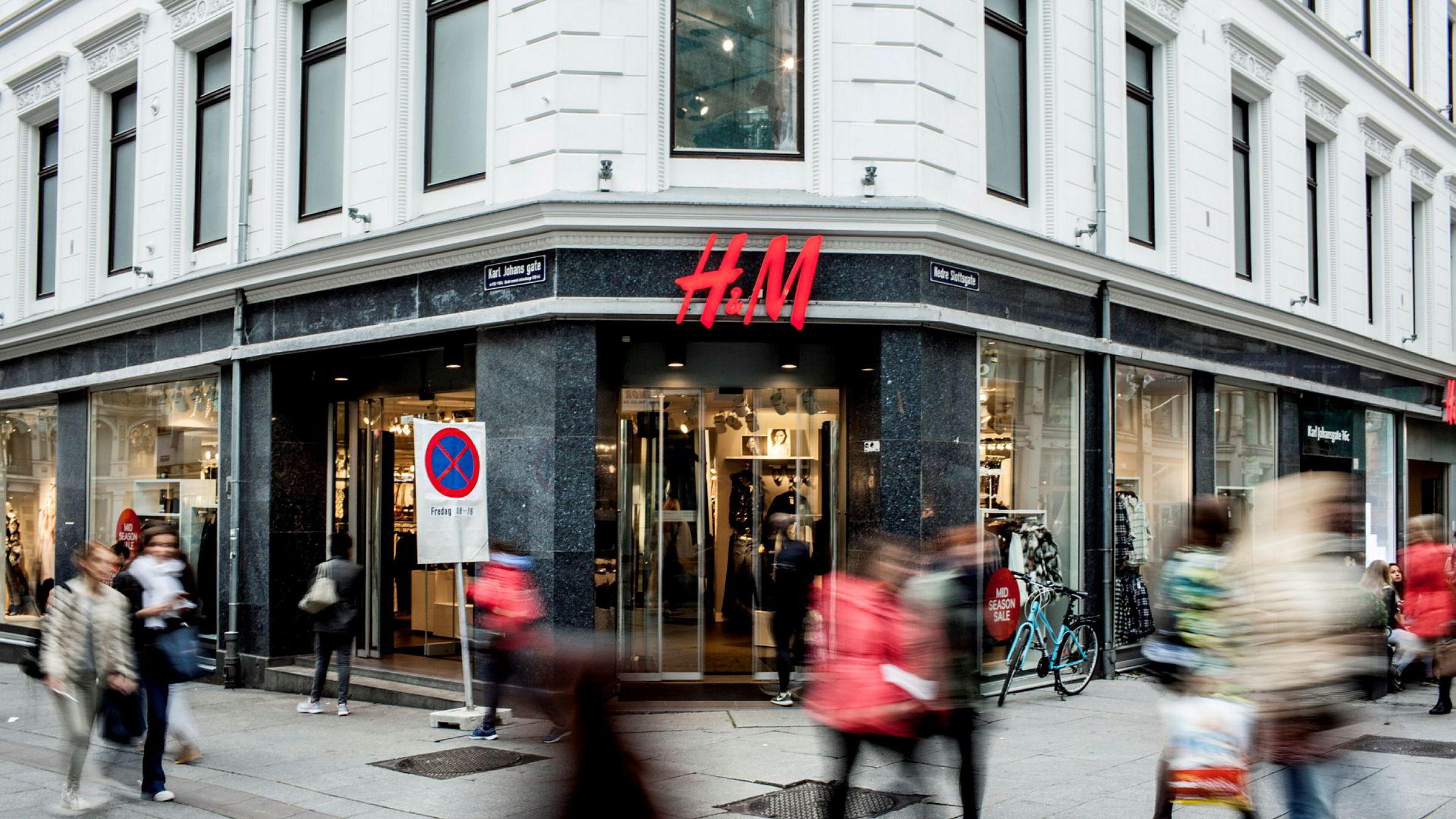 Hennes & Mauritz øker omsetningen med elleve prosent i 2019. Avbildet er en H&M-butikk i Karl Johans gate i Oslo.