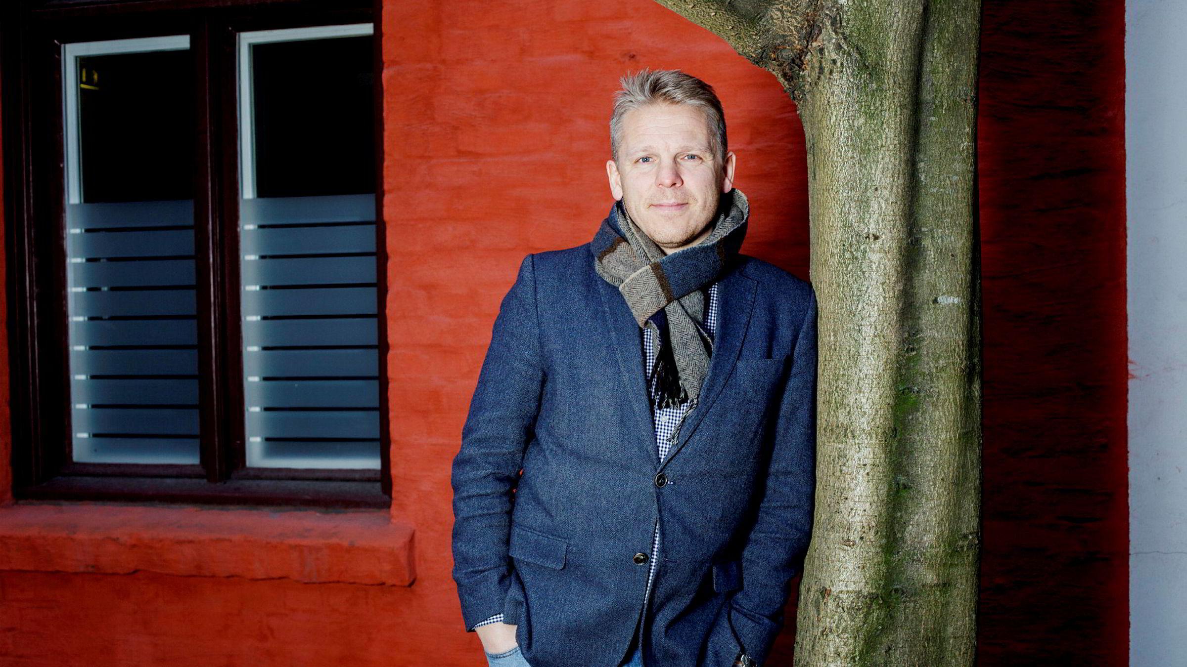 Anders Skar, Nordnets norgessjef, føler med kunde som gikk på smell i Norwegian.