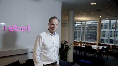 Øyvind Thomassen, administrerende direktør i Sbanken, viser til den historisk lave styringsrenten som grunn til hvorfor banken nå senker sin boliglånsrente.