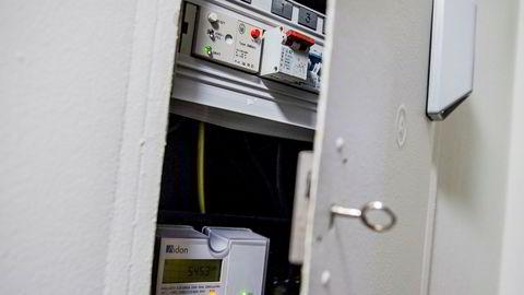 I løpet av året som kommer skal alle husstander ha fått installert automatiske strømmålere. Foto: Stian Lysberg Solum / NTB scanpix