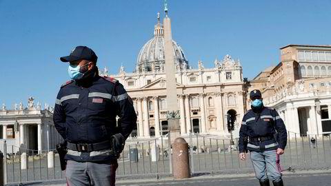 Det er trøbbel i tårnet i verdens minste stat, Vatikanet. Nå etterforskes mulig storsvindel knyttet til eiendomshandel i London.