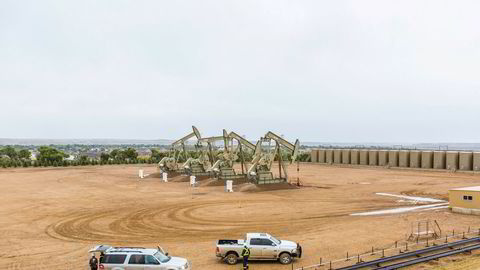 Fracking representerte en stor omdømmerisiko. Miljøorganisasjonene var på banen fra dag én, skriver Wenche Skorge i innlegget. Her fra Williston i North Dakota i 2013, et anlegg i regi av Equinor, den gang Statoil.