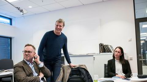 Sjefredaktør i Dagbladet John Arne Markussen (til venstre), konsernsjef i Aller Dag Sørsdahl og økonomidirektør i Aller Anette Nordskog er godt fornøyd med konsernets siste regnskapsår.