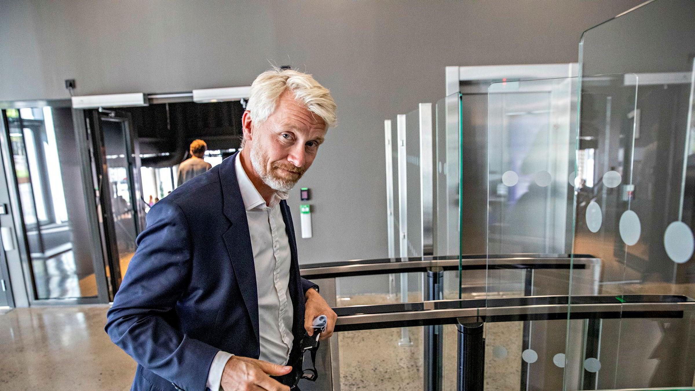 – Det er ingen tvil om at det er krevende å drive journalistikk på fagområder som er vanskelig tilgjengelige, sier TV 2-sjef Olav Sandnes.