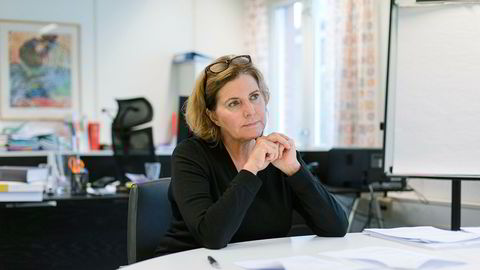 Debatten i etterkant av Haddy Njies bok om varslene mot ektemannen Trond Giske, får likestillingsombud Hanne Bjurstrøm til å gå ut.