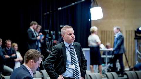 Helge Lurås' redaktørforeningsøknad blir ikke behandlet før neste år. Her er Resett-redaktøren avbildet under Frps landsmøte.