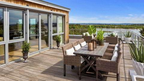 Kjell Christian Ulrichsen har solgt denne leiligheten i Maries vei på Høvik for «godt over» prisantydningen på 40 millioner kroner. Det bekrefter megleren.