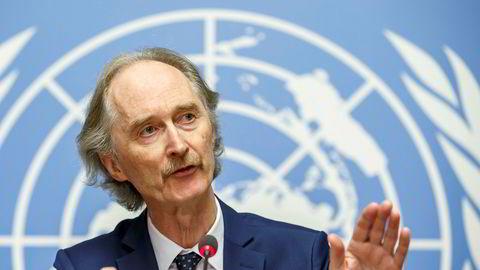 Geir O. Pedersen er for tiden FNs spesialutsending til Syria. Her møter han pressen i november Sveits i november.