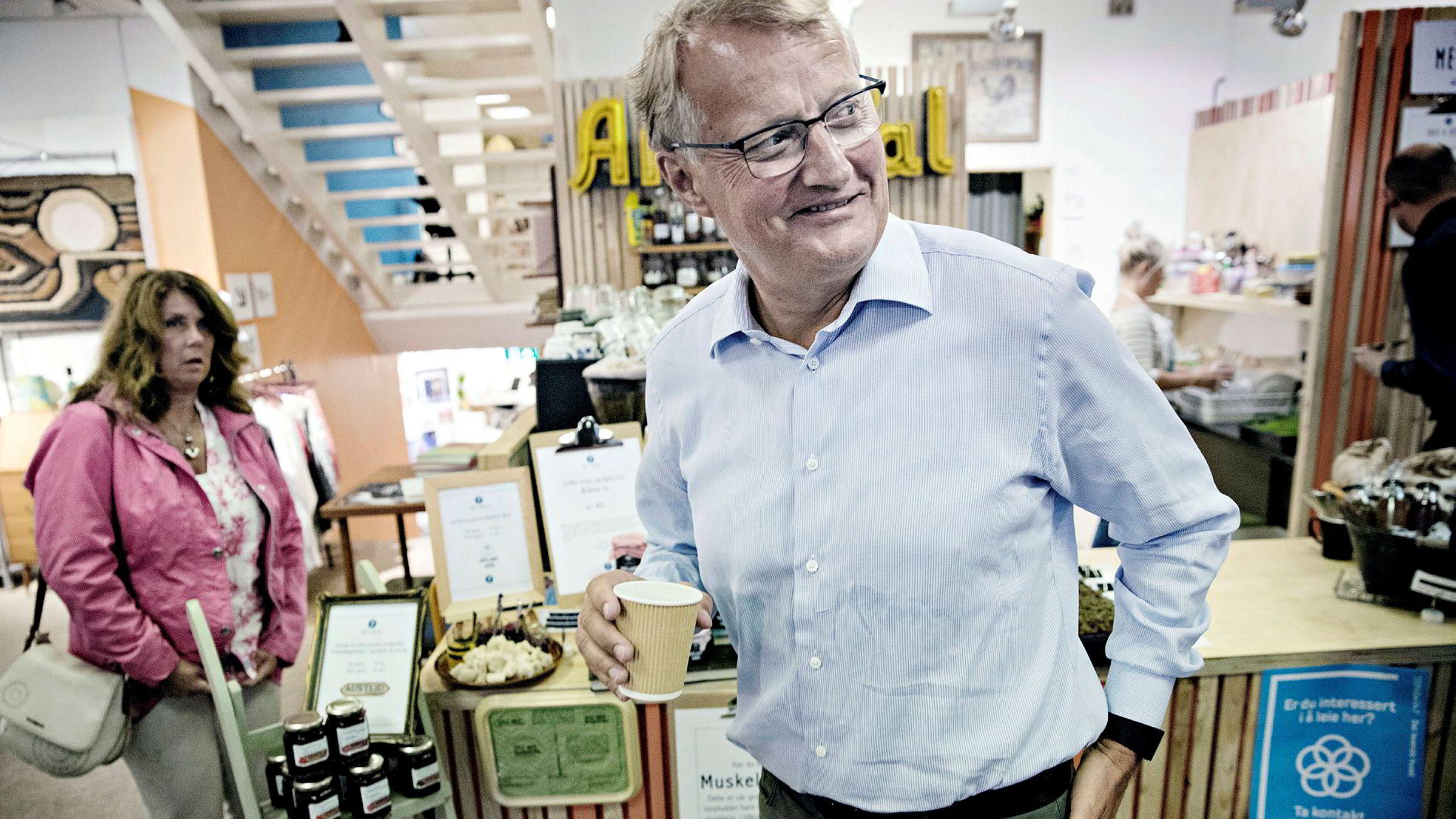 Konsernsjef Rune Bjerke i DNB tilbyr rente under to prosent til de beste kundene.