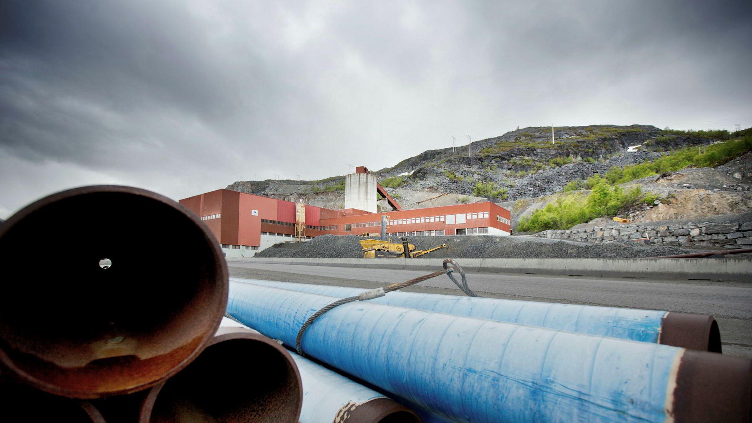 Flertallet i Finnmark er imot gruveplanene i Kvalsund, ifølge de siste meningsmålingene. I dag fungerer anlegget som steinbrudd.