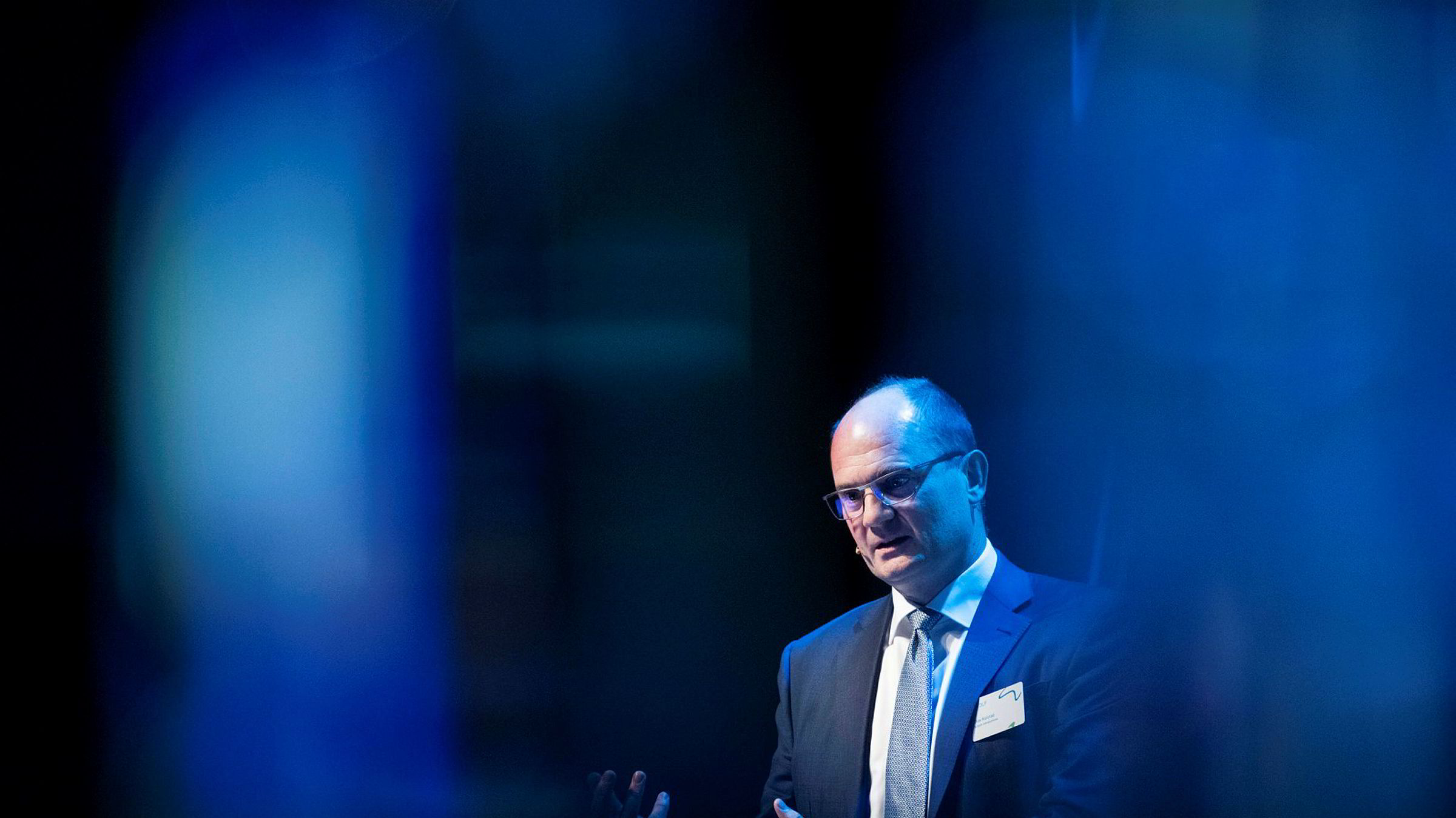 – Generelt skal man være forsiktige med konspirasjonsteorier, særlig når det bikker over mot brudd på konkurranseloven, sier Olav Kolstad.