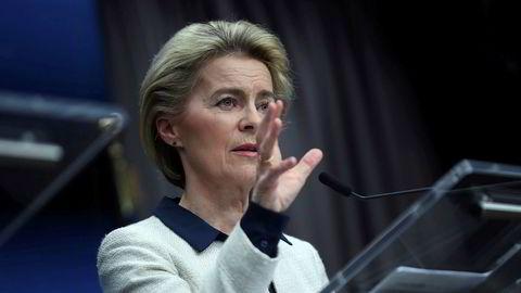 Ursula von der Leyen mener britene vil bli hardere rammet enn EU dersom de ikke rekker å forhandle fram en handelsavtale. Arkivfoto: Francisco Seco / AP / NTB scanpix
