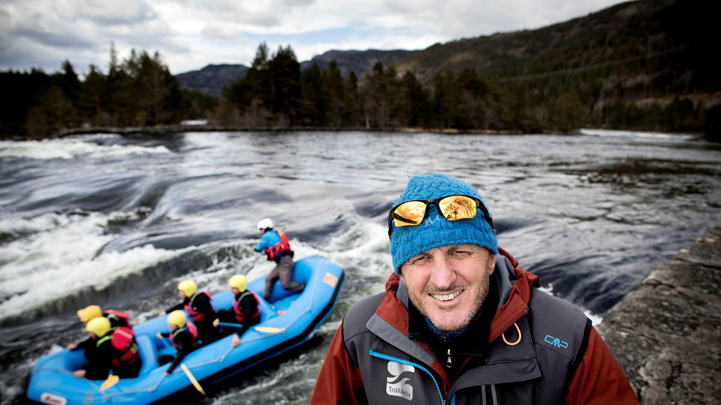 Tim Davis i Trollaktiv på Evje er en av pionerene innen opplevelsesturisme i Norge, men nå har han fått et skudd for baugen.