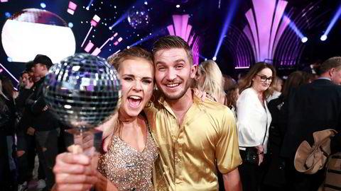 Den tidligere snowboardkjøreren Helene Olafsen vant årets finale i TV 2s «Skal vi danse» sammen med sin dansepartner Jørgen Nilsen.