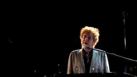 Da Apple revolusjonerte musikkindustrien med Itunes, tok Bob Dylan (bildet) direkte kontakt med Steve Jobs for å få en større del av kaken. Han nådde ikke frem.