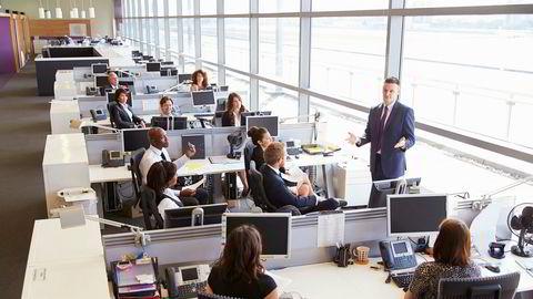 Bonus brukes ikke kun for å få folk til å jobbe hardere. Det er viktigere for mange bedrifter å få medarbeiderne til å jobbe smartere og ta bedre beslutninger.