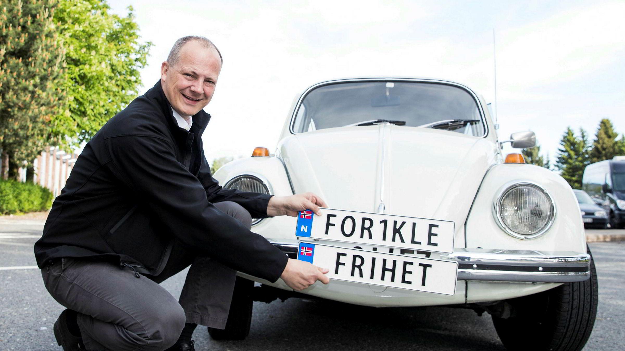 Tidligere samferdselsminister Ketil Solvik-Olsen (Frp) fortsetter å jobbe med samferdsel.