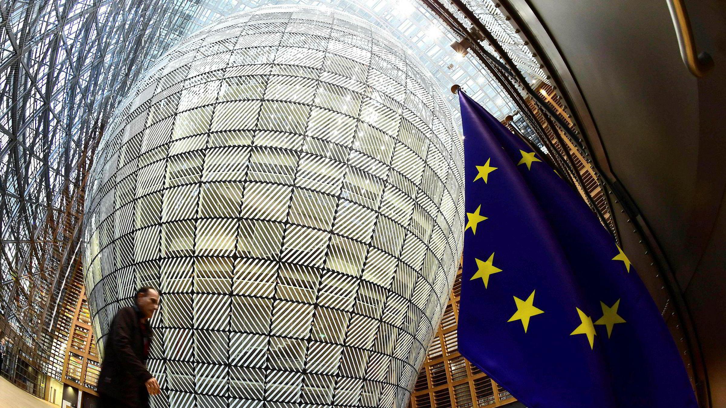 Hvor lenge vil Norge ha råd til å stå på utsiden av diskusjonene når EU beslutter rammene for et nytt og grønnere næringsliv? Bildet er fra Europabygningen.