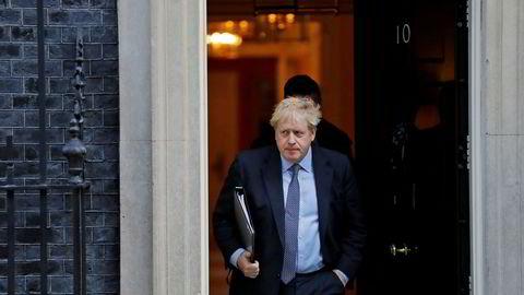 Bookmakerne tror Boris Johnson får bli boende her i statsministerboligen i 10. Downing Street etter valget i desember.