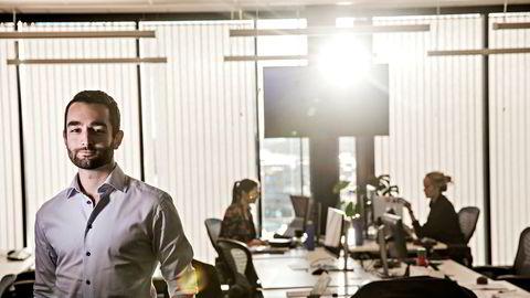 John Severinson leder Facebooks strategiske mediepartnerskap i Norden, og har jobbet tett med å forbedre Instant Articles-produktet etter mediehusenes tilbakemeldinger. Nå håper han mediene som først sa nei sier ja.