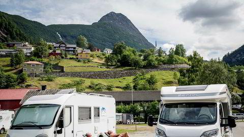 Bobilturister strømmer vanligvis til blant annet i Geiranger om sommeren, og mange av dem er tyskere.