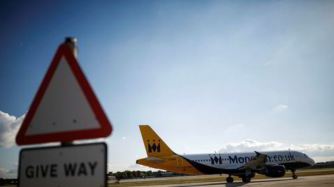 Et Monarch-fly i oktober. Nå er selskapet plassert under administrasjon.